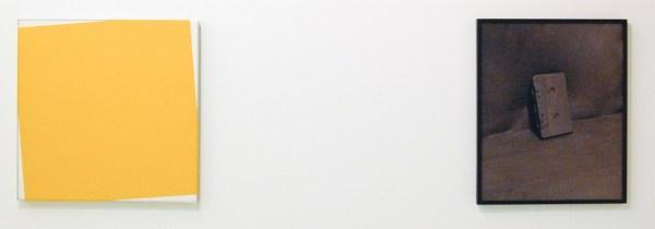 Daan van Golden - Zonder Titel - Lakverf op linnen op paneel & Elspeth Diederix - Cassette - Ultrachrome print