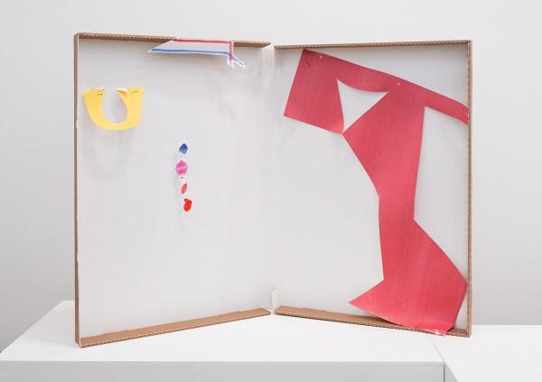 Paul Drissen - Alphabet U-Strike - 88x115x50cm Papier, gouache, acrylverf, stalen naalden en archiefdoos