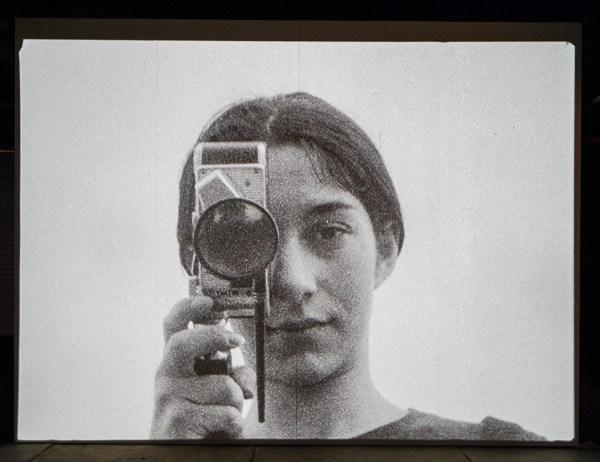 Jeroen Eisinga - Het Zesde Zintuig (The Sixt Sense) - 2,53minten 16mm naar SD, zwartwit met stereo geluid