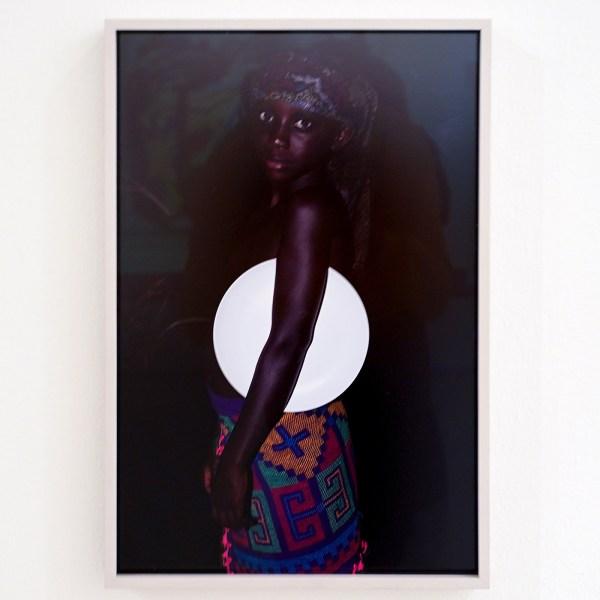 Viviane Sassen - Liba (uit de serie Pinkin Slee) - Digitale C-print - Albert Heijn Art Foundation