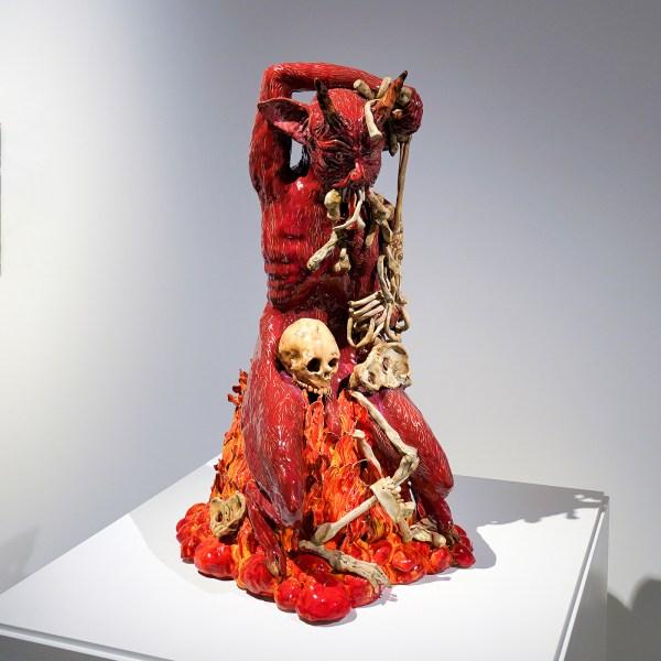 Carolein Smit - Skelet vretende duivel - Keramiek