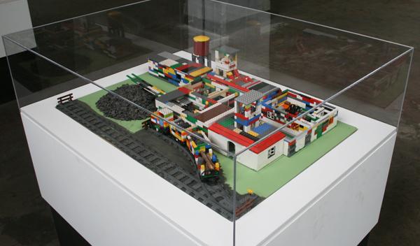 Kevin Kaliski - Works - Lego