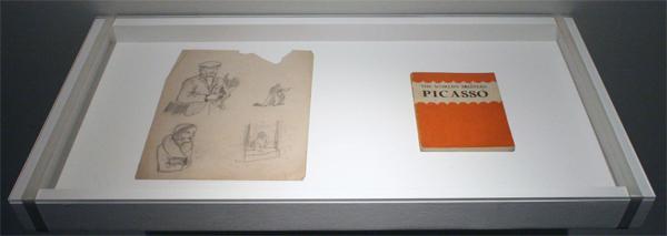 Anoniem lid Ashington Art Group - Schetsen van een figuur - 25x20cm Potlood op papier & Boekje over Picasso