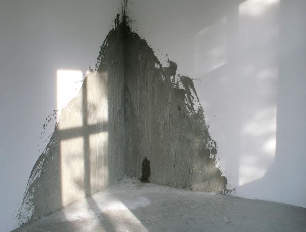 Ada Avetist - Concrete Corner - Beton en grafiet