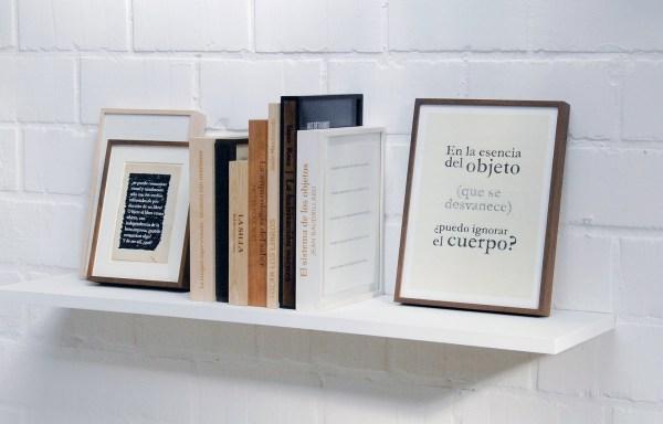 Almudena Lobera - Superficial Reading - Diverse afmetingen, tekeningen in gegraveerde lijsten