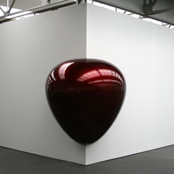 Anish Kapoor - Corner Piece - Glasvezel en verf