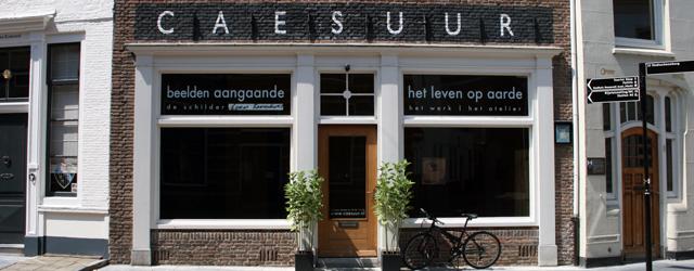 Inmiddels is Caesuur in Middelburg al weer aan de vierde tentoonstelling van de Schilder-reeks. Ditmaal is het Thomas Rameckers (1984). Die zagen we nog niet zo lang geleden hier al […]