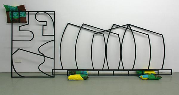 Edward Clydesdale Thomson - Causa Finalis 4 - 3delen, 220x127cm, 290x129cm & 155x100cm Beprinte kussend en beschilderd staal