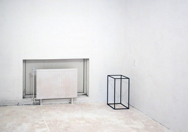 Emile Hermans - A Study on a Pedestal