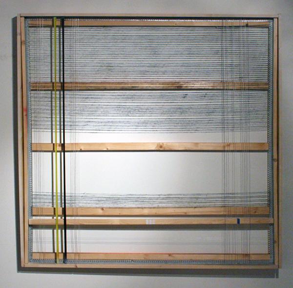 Frank van Hoorn - Calm Down Monkey - 150x150cm Hout, aluminium, draad, tape, spuitbus en bitumen