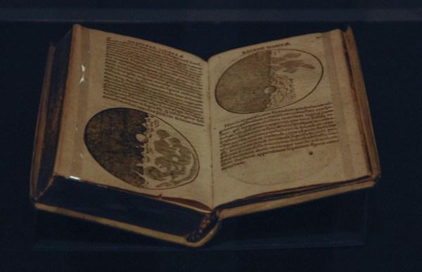 Galileo Galilei - Sidereus Nanculus (Starry Messenger) - 1610