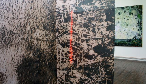 Geert Koevoets - Memory of Landscapes - glanspolyester en neon