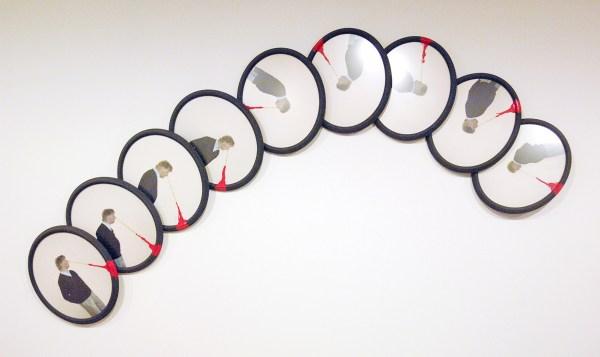 Ger van Elk - Sportive Time Study Sulpture - Hout, acrylverf op fotopapier