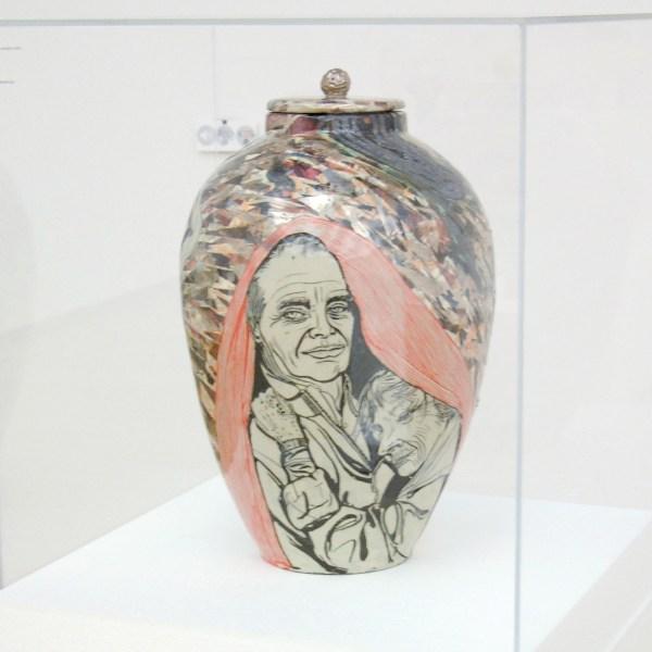 Grayson Perry - Memory Jar - Keramiek, 2013
