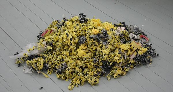 Jack Segbars - Leftovers, Misere, No More, once more - 100x90x25cm Gebruikte tape met acrylverf