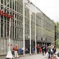 Vandaag opende de KunstRai, de hedendaagse kunstbeurs in Amsterdam. Terugkijkend na de afgelopen editieshad ik weinig zinom nu te gaan kijken. Een slappe beurs, saai en weinig verassingen en de […]