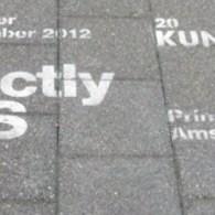 Gisteren opende de Kunstvlaai, een kunstbeurs met initiatieven en instellingen in plaats van galeriehouders. De sfeer is er dan ook na, geen gelikte stands maar rauwe ruimtes. Al zijn er […]