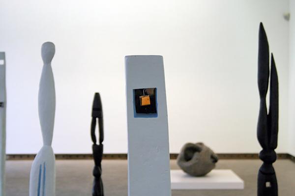Louise Bourgeois - Diversen - 100-190cm Diverse materialen 1947-1949