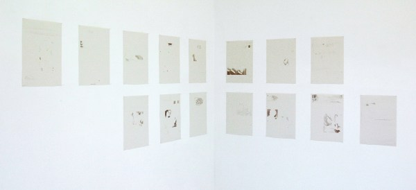 Lucy Skaer - Monday 8,4,13, Tuesday 9,4,13, Wednesday 10,4,13 - 43x31cm 15 offset prints op papier