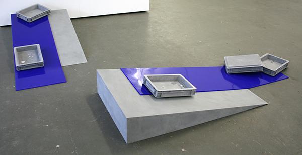 Magali Reus - Circulation (Increase), (Decrease) - Jesmonite, siliconenrubber, pigment en aluminium