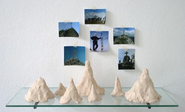 Marjon van Westing - Zonder Titel - Keramiek en prints op gewoon papier