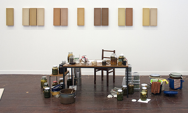 Nan Groot Antink - Wilhelmina Park Series - Canvas, natuurlijke kleuren, glazen potten, tafel en stoel 2008
