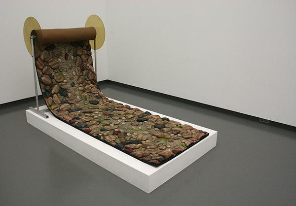 Piero Gilardi - Rol natuurtapijt en stenen - Polyurethaan schuim