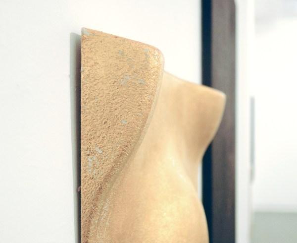 Sarah van Sonsbeeck - Mistakes I've Made - 59x59cm Akoustisch paneel met bladgoud
