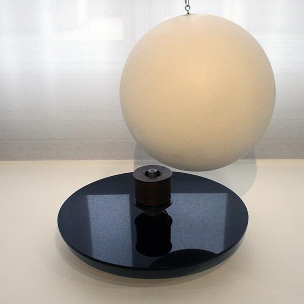 Takis - Elctro-Magnetic 1 - Glasvezel, hout, Plexiglas en electromagneet