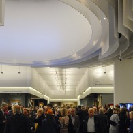 Gisteren opende de TEFAF haar deuren. Net als andere jaren bevindt het epicentrum van de internationalekunsthandel zich even in Maastricht.Tsja, hoe zou het anders kunnen zijn dan dat dat niet […]