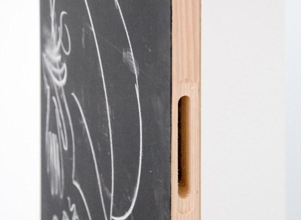 The Oceans Academy of Arts (OAOA) - Course in Mischief - Houten deur, krijttekening, potloodtekening op zeefdruk, massief glas en geschilderd staal (detail)