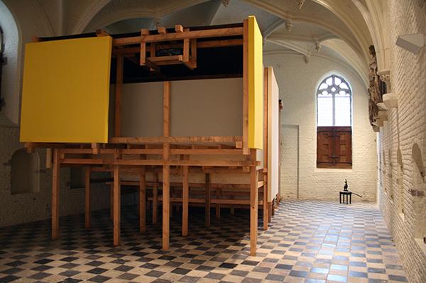Wendeline van Oldenborgh - Bete & Deise - 41minuten HD video (Cinema in architecturale structuur ontworpen voor de Vleeshal) & Arnoud Holleman - Hoofstuk 14 - Brons, boeken over Rodin en tekst