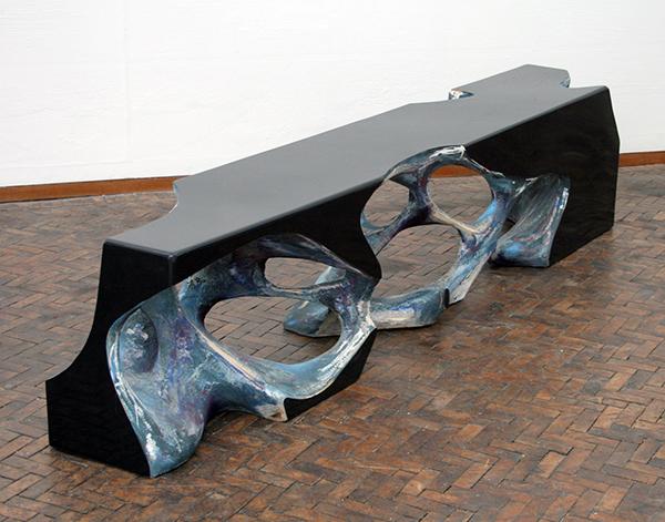 Wolfgang Flad - Ground - 56x42x255cm Hout, papier-mache, lak en verf