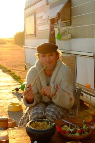 LOST TRACK Reiseblog Funday Roses Spanien Toyota Land Cruiser Hymer Camp Life DIY Pfeife Elbsegler