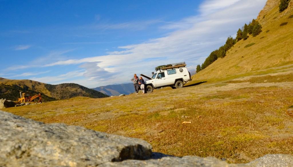 LOST TRACK Reiseblog Pyrenäen Spanien Toyota Land Cruiser offroad wild camping Andorra Pal Schmugglerroute Grenze