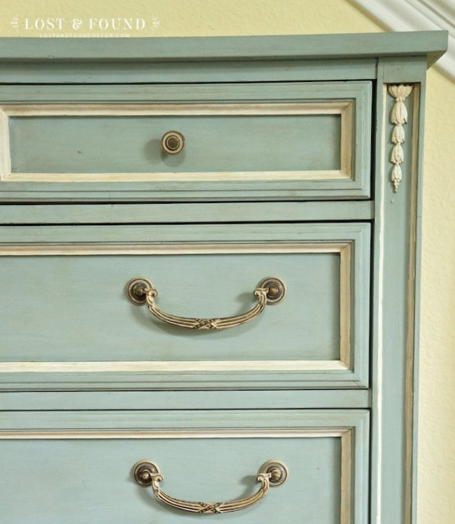 how-to-antique-painted-furniture-glaze-dark-wax