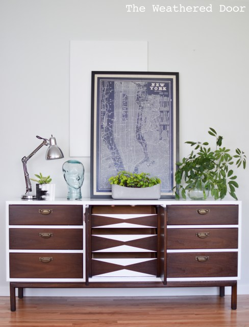 Broyhill Premier Credenza With Geometric Drawers Wd 20