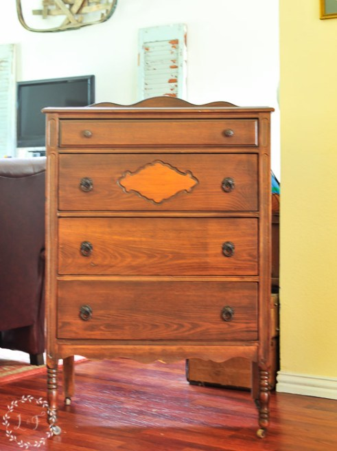 antique-chest-of-drawers