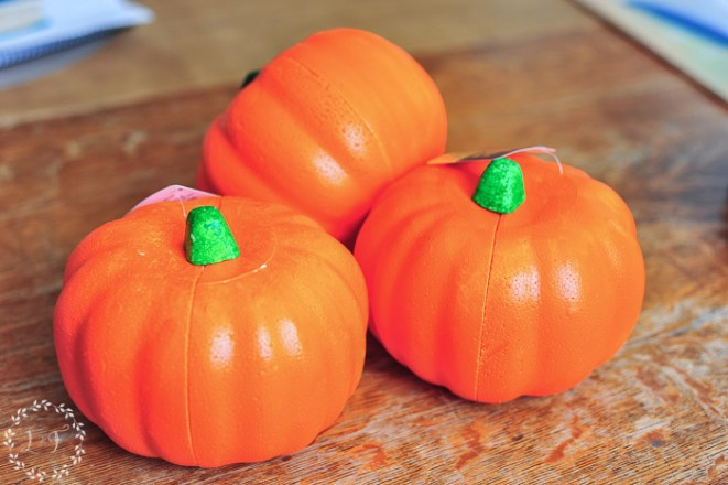 painting-dollar-store-pumpkins