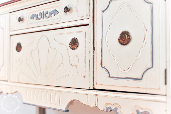fusion-bedford-antique-buffet