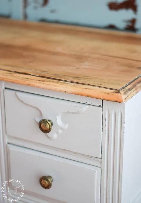 diy-farmhouse-style-desk-makeover-how-to-corner