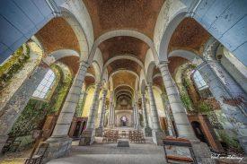 Church-of-Decay-8.jpg