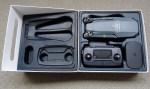 「Mavic Pro」の箱を開けてみたところ。思っていた以上にコンパクトに畳まれているのをみて、高そうな携帯性に安心感がある。