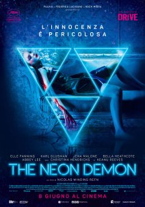 The-Neon-Demon-Poster-the-neon-demon-40303203-1980-2828
