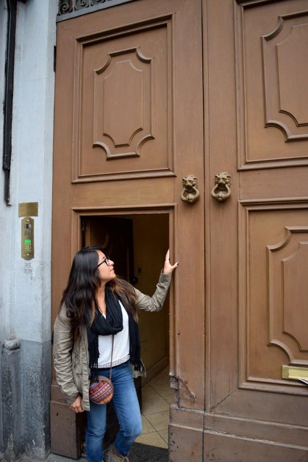 Issela's perfect door