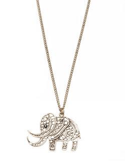 elefante-plateado-stradivarius-collar-colgante-bisuterua