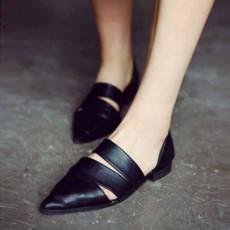 รองเท้าส้นเตี้ย หัวแหลมแฟชั่นเกาหลีดีไซน์สวยเซ็กซี่อินเทรนด์ นำเข้า ไซส์34ถึง39 สีดำ - พรีออเดอร์RB2260 ราคา1750บาท