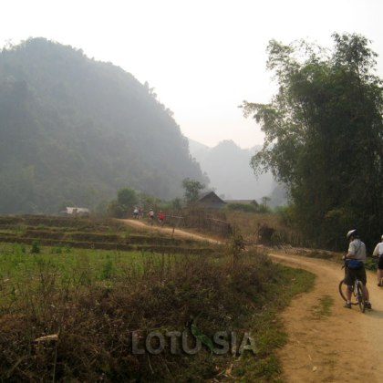 4 Day Non-Touristy Northwest Vietnam Mountain Biking