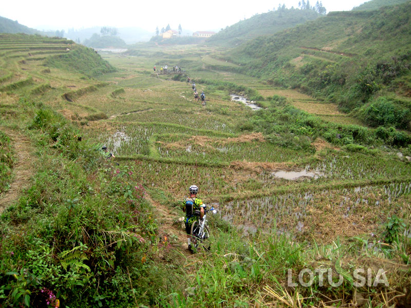 2 Day Sapa Mountain Bike Tour from Hanoi