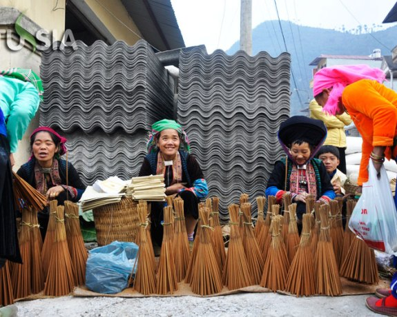 Best 4 Day Vietnam Ha Giang Tour